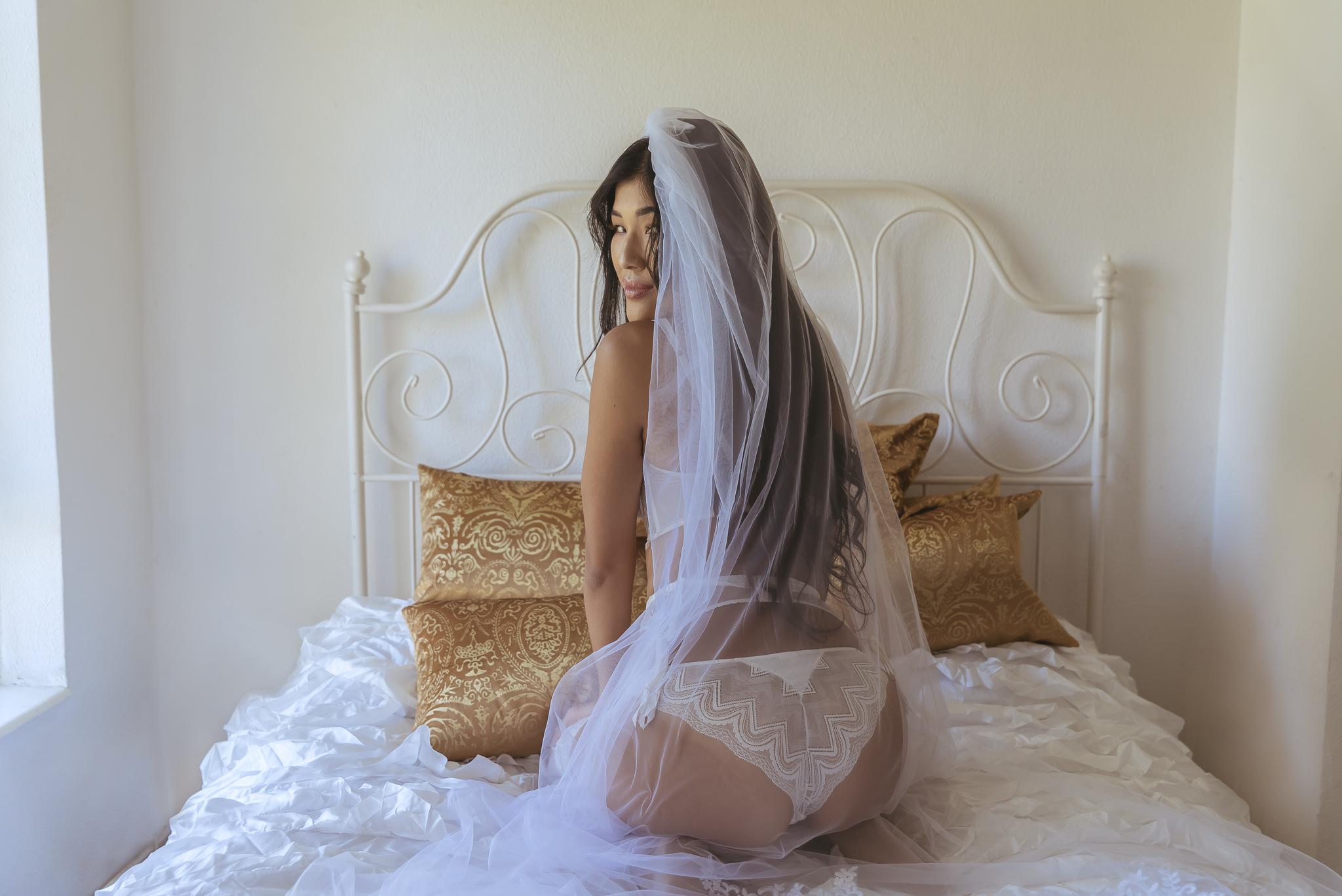 Lonodn boudoir photo shoot-18